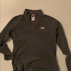 Women's fleece grey north face size medium
